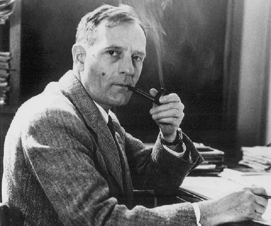 1 edwin powell hubble